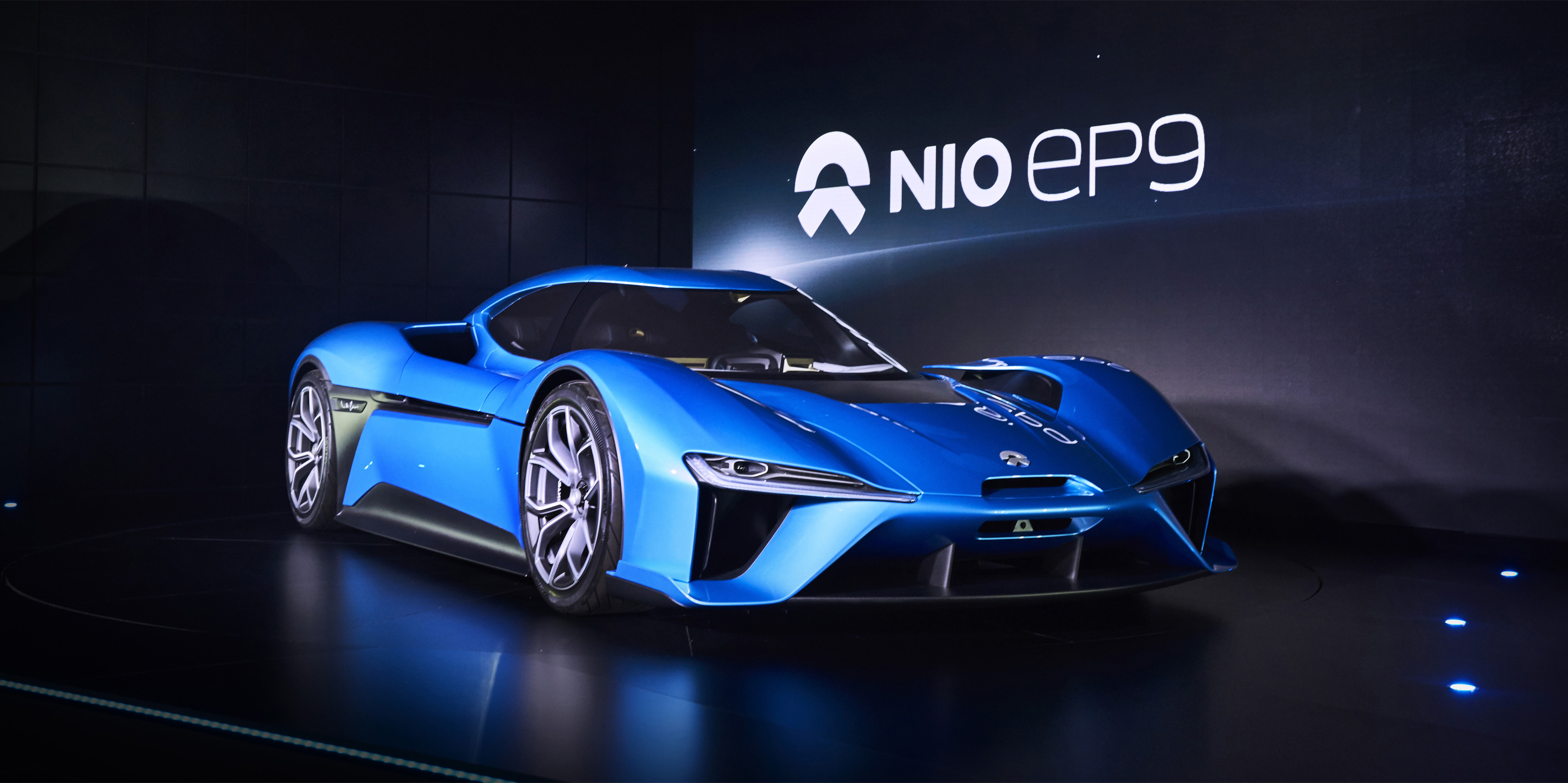 nextev s nio ep9 claims to be the world s fastest electric car autodevot. Black Bedroom Furniture Sets. Home Design Ideas