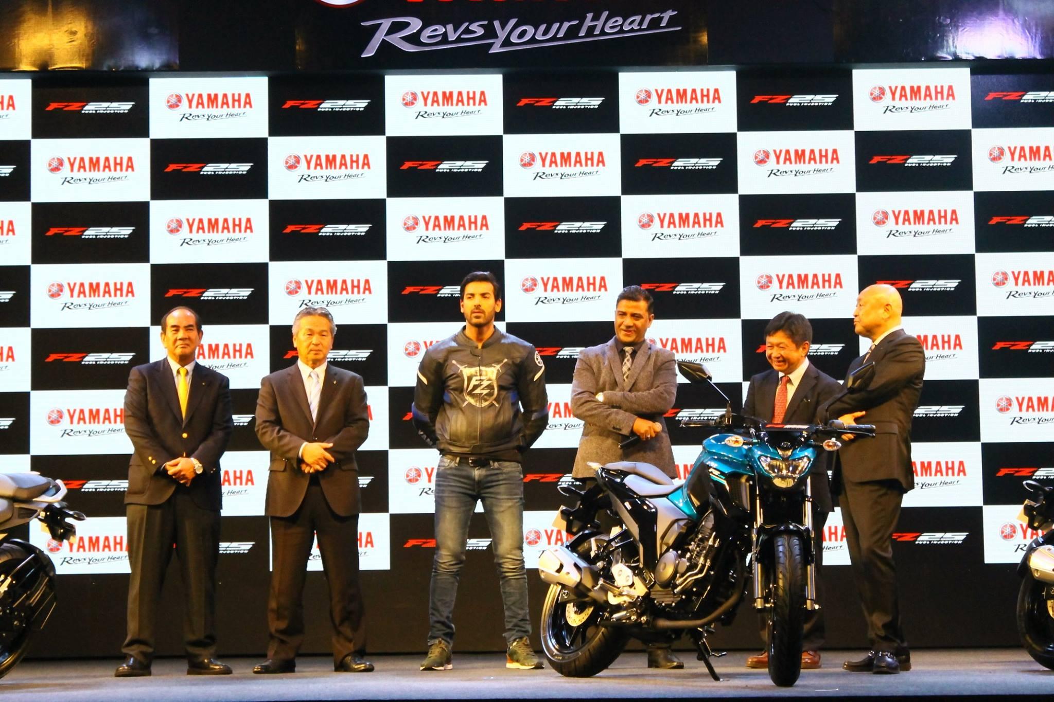 Yamaha-FZ25-India-2