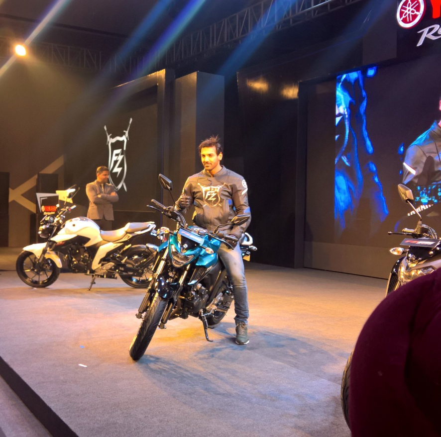 Yamaha-FZ25-India-launch