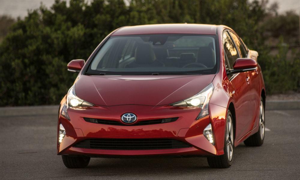 2016-Toyota-Prius-Hybrid-2