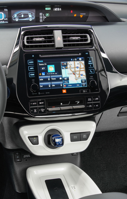 2016-Toyota-Prius-Hybrid-interior-2