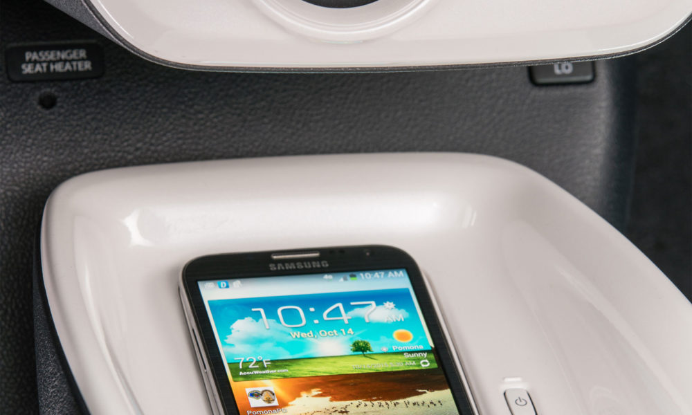 2016-Toyota-Prius-Hybrid-interior-4