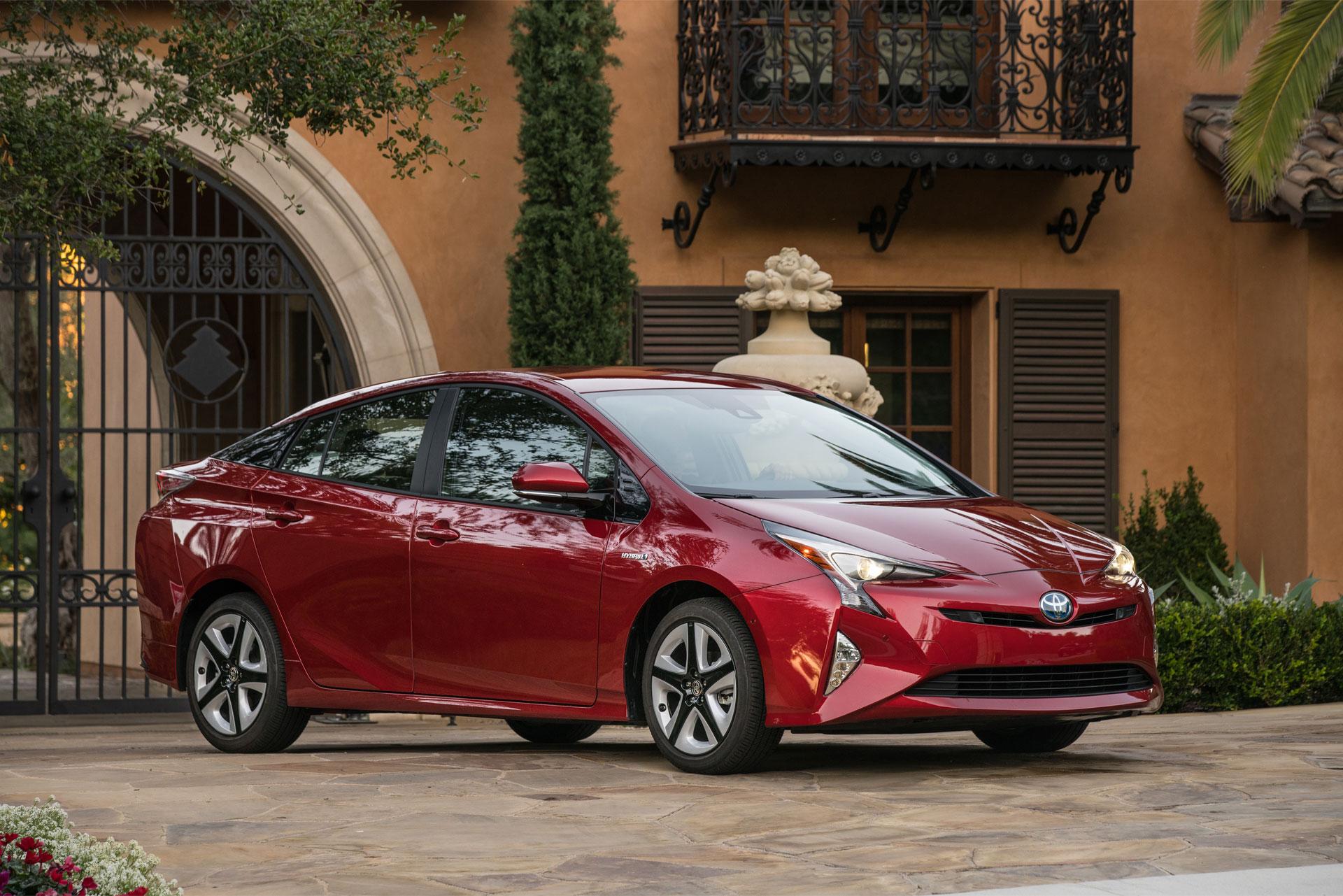 2016-Toyota-Prius-Hybrid