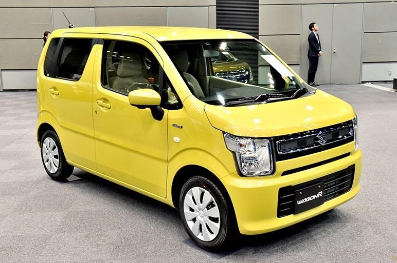 2017-Suzuki-WagonR4