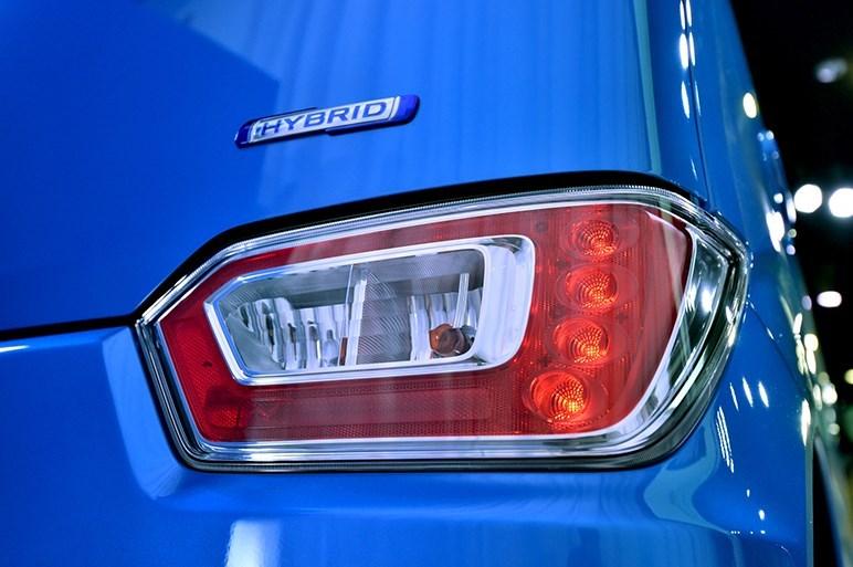 2017-Suzuki-WagonR8