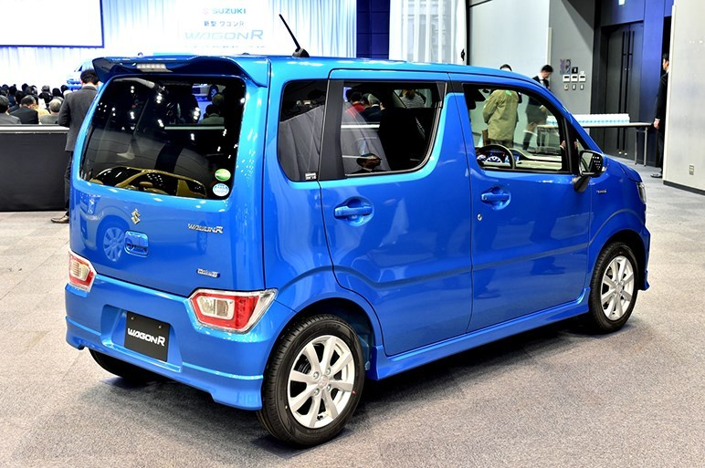 2017-Suzuki-WagonR9