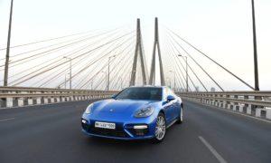 2017-Porsche-Panamera-2