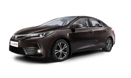 2017-Toyota-Corolla-Altis-India