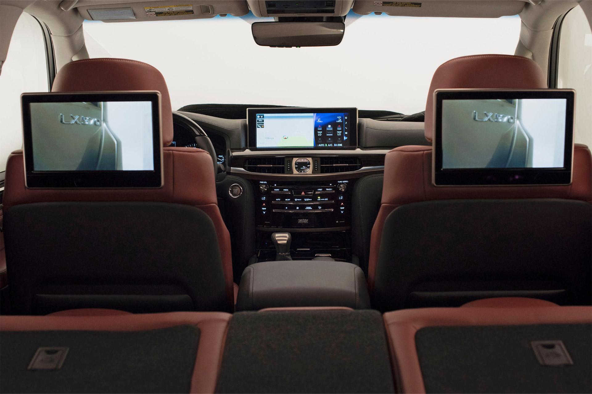 Lexus_LX_570-interior-3