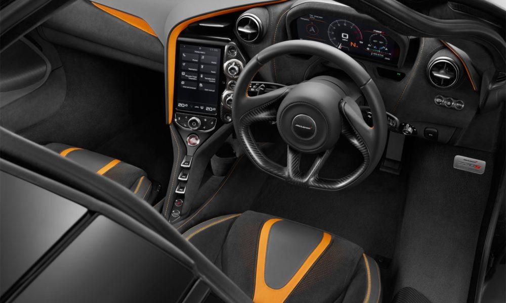 McLaren-720S-interior-6