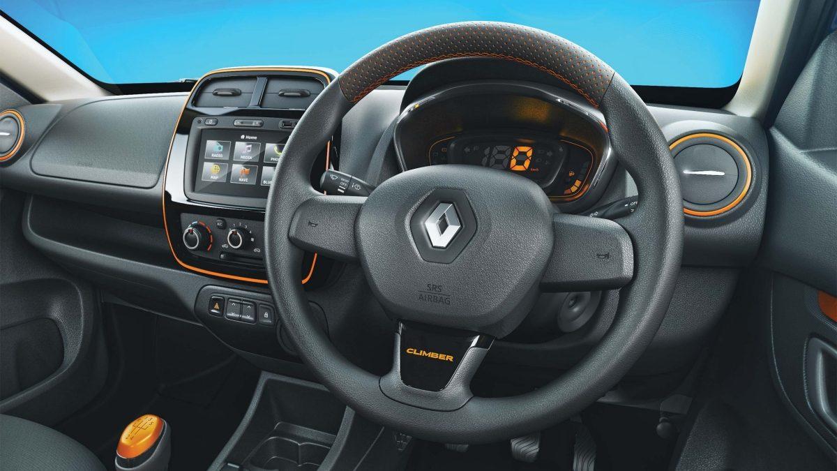 Renault-Kwid-Climber-interior-2