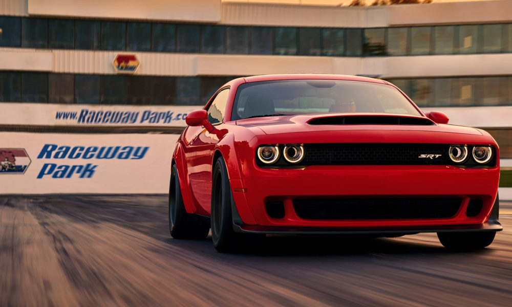 Dodge Challenger SRT Demon holds Guinness record for longest wheelie - Autodevot