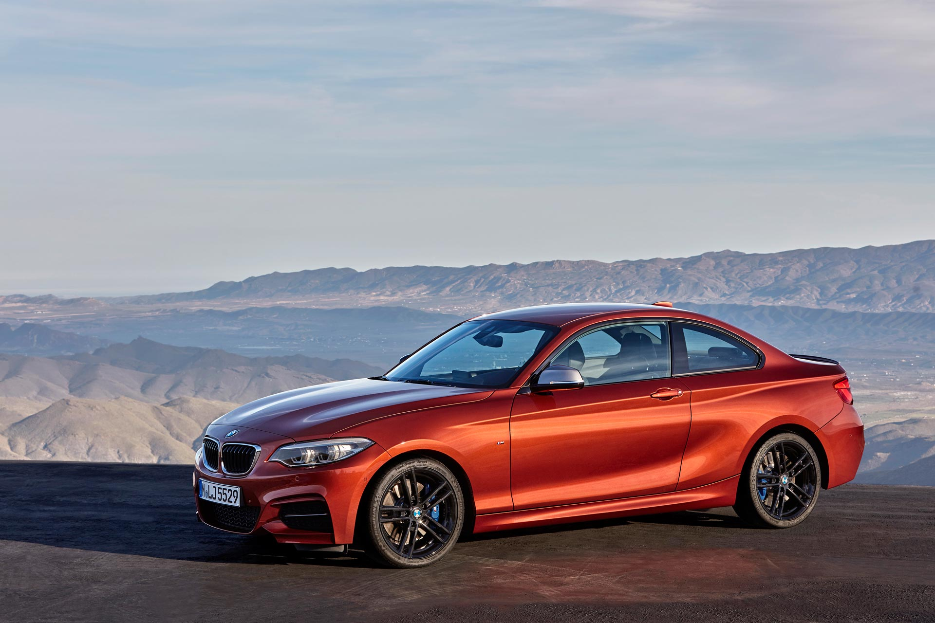 bmw 2 series coupe and convertible facelift unveiled autodevot
