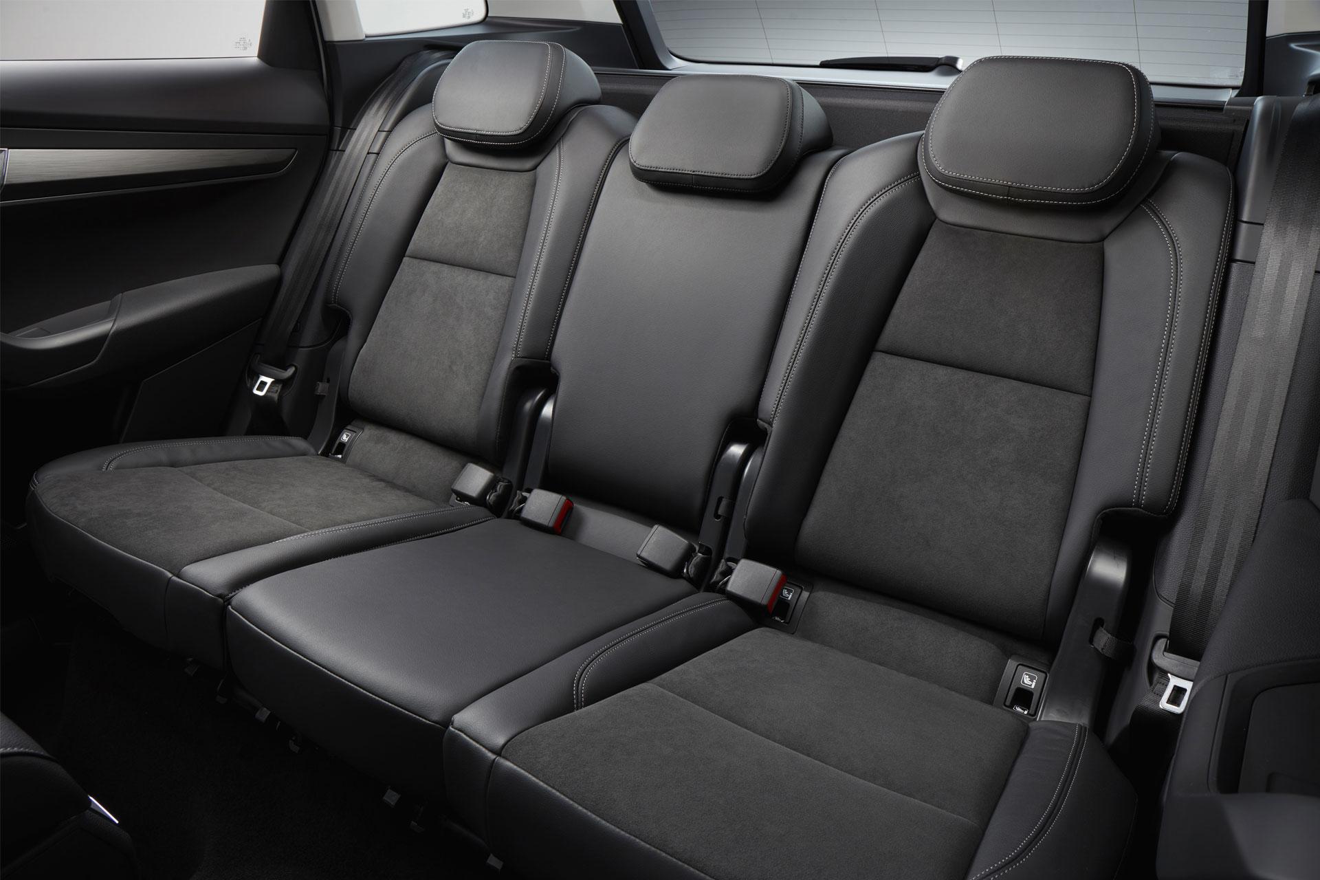 Volkswagen Tiguan 2017 Model >> Skoda Karoq interior and exterior image gallery - Autodevot