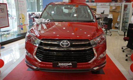 Toyota-Innova-Touring-Sport-7