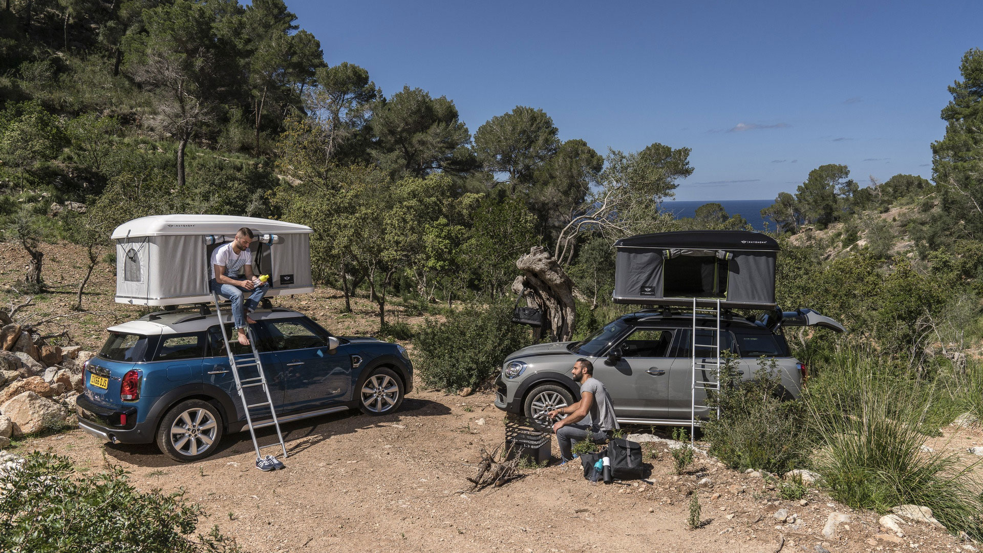 The New Mini Countryman Can Be Had With Autohome Roof Tent