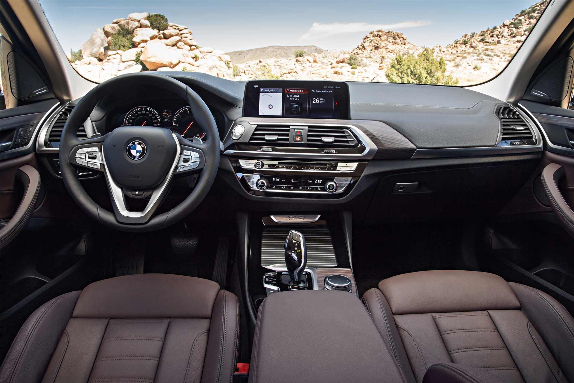 2018-BMW-X3-14
