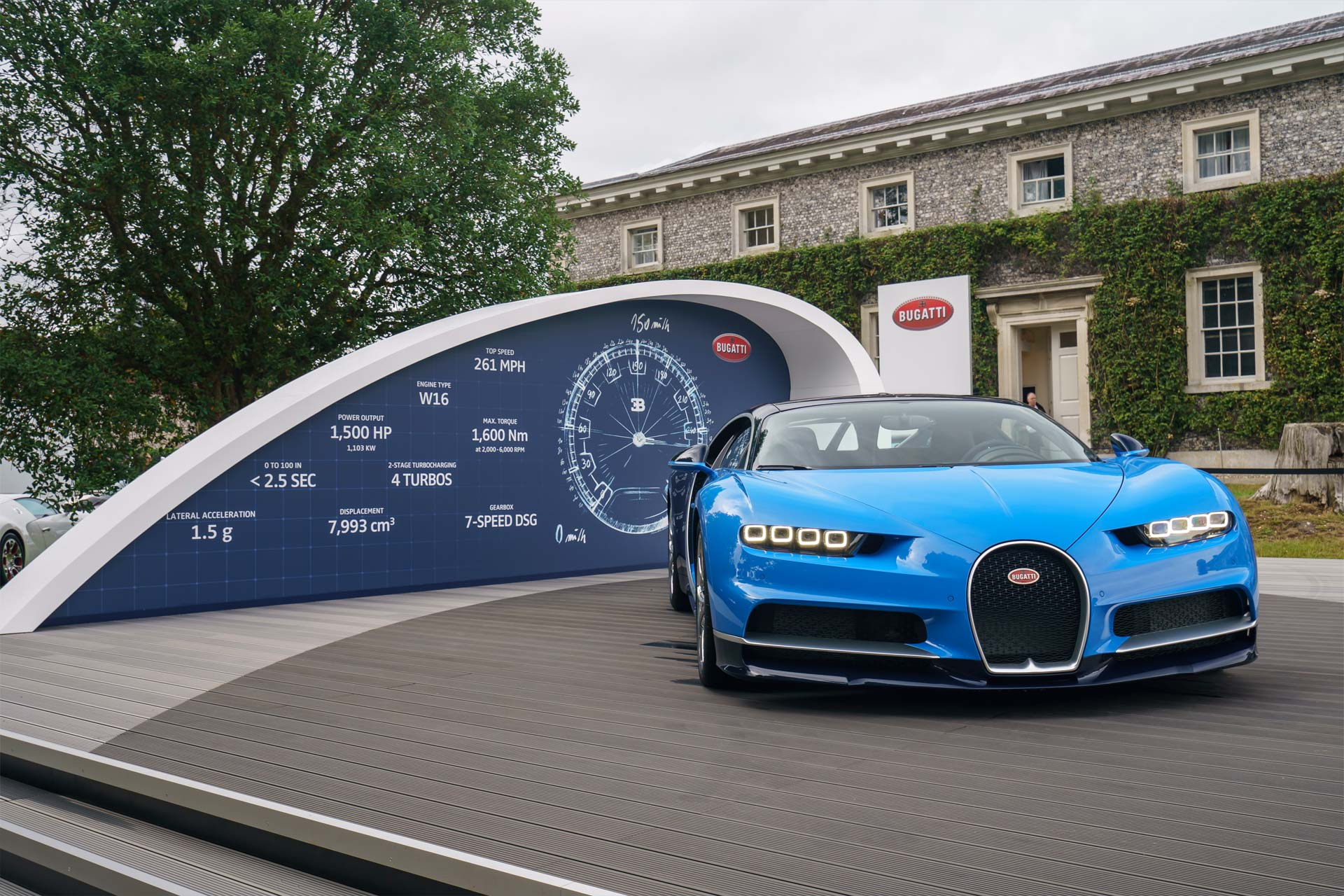 bugatti brings 9 404 hp to the goodwood festival of speed. Black Bedroom Furniture Sets. Home Design Ideas