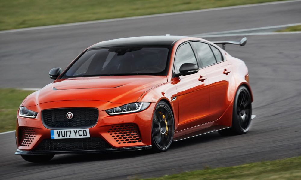 Jaguar XE SV Project 8 does 0-100 km/h in 3.7 seconds - Autodevot