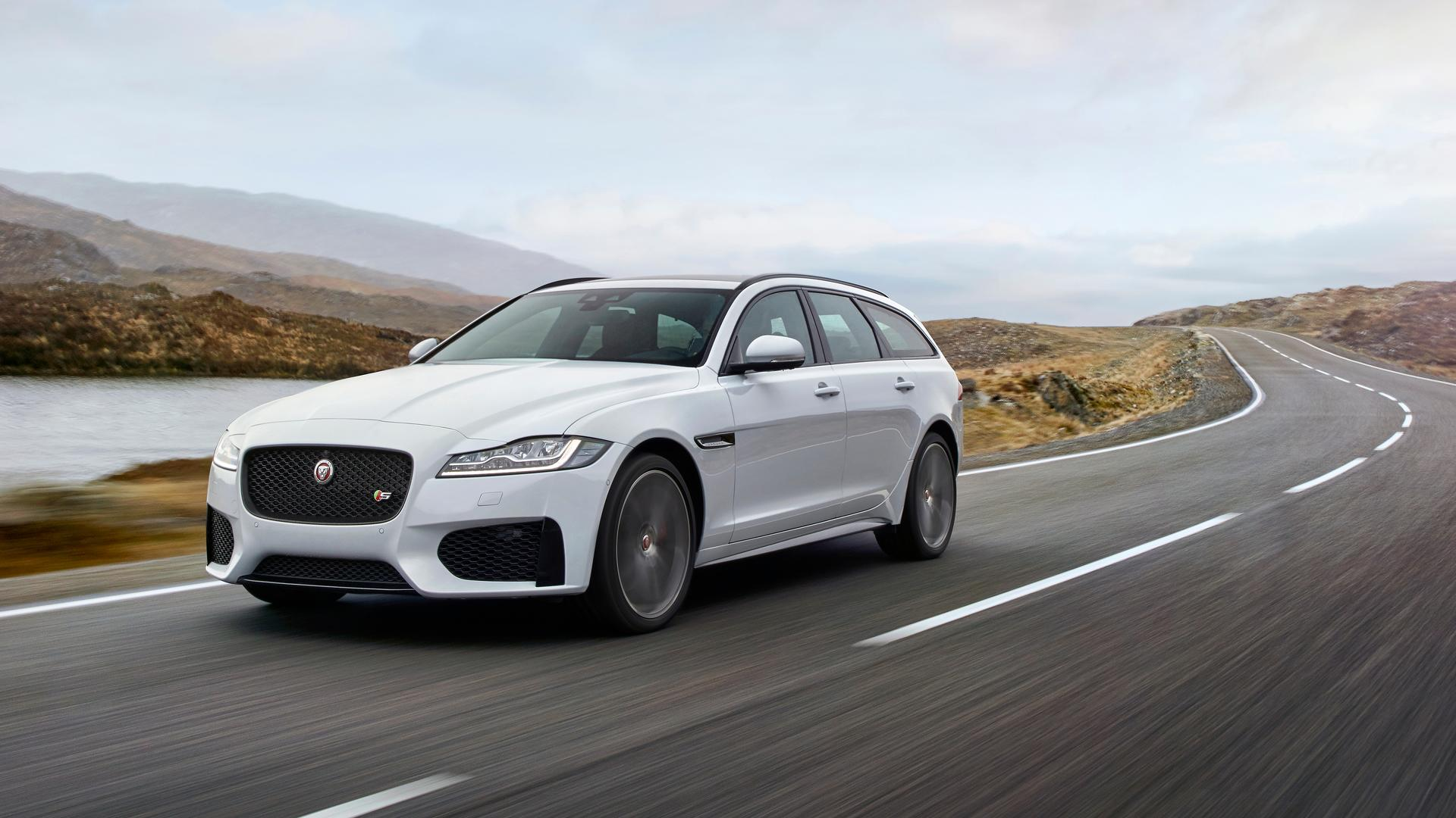 new jaguar xf sportbrake unveiled priced at 34 910 autodevot. Black Bedroom Furniture Sets. Home Design Ideas