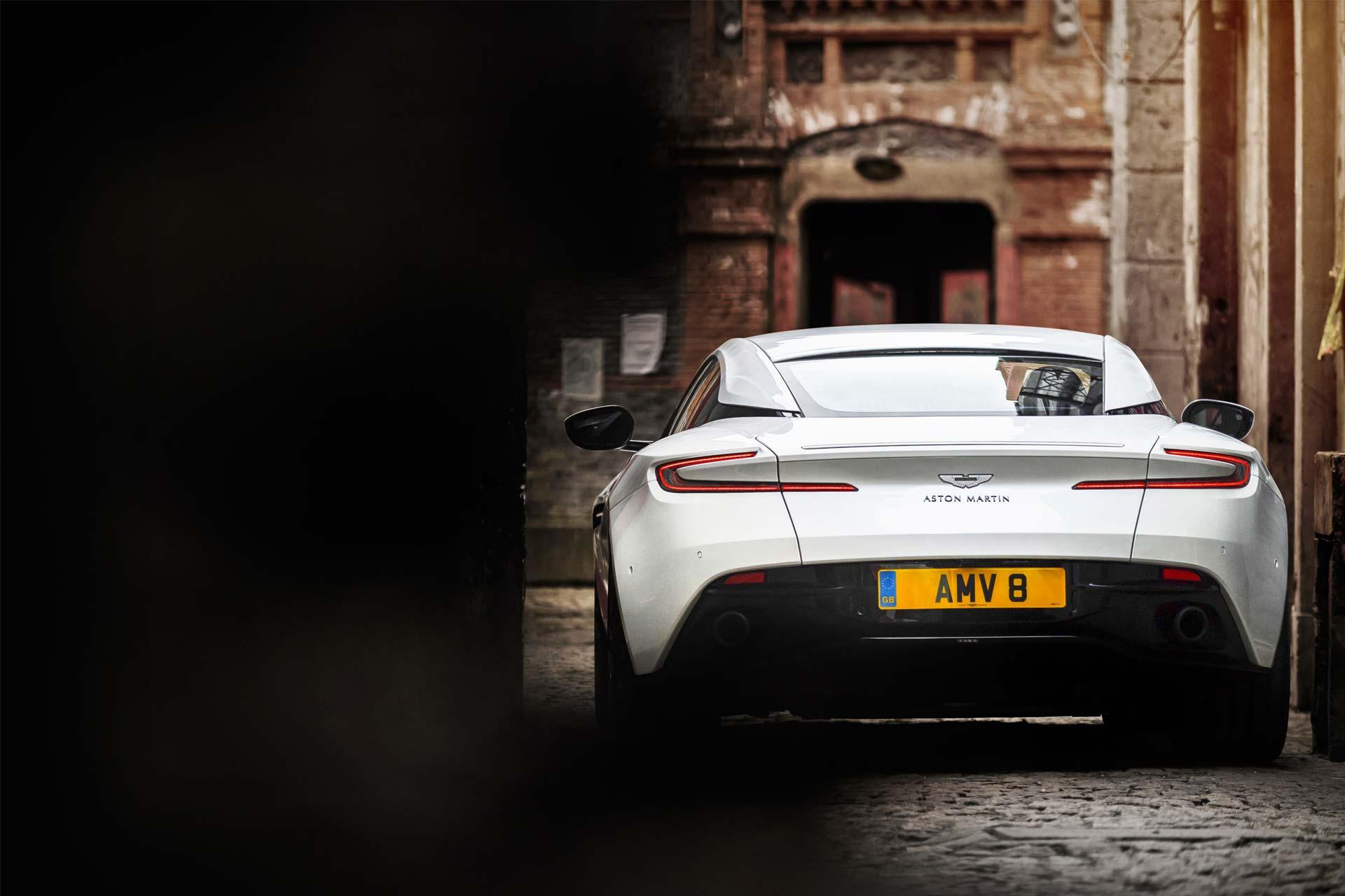 Aston-Martin-DB11-4.0-V8-3