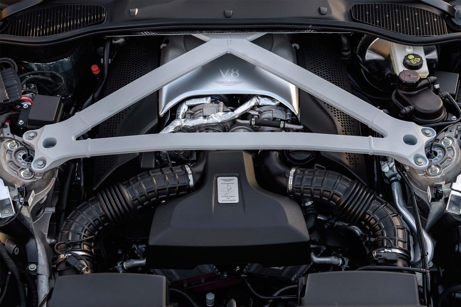 Aston-Martin-DB11-4.0-V8-5