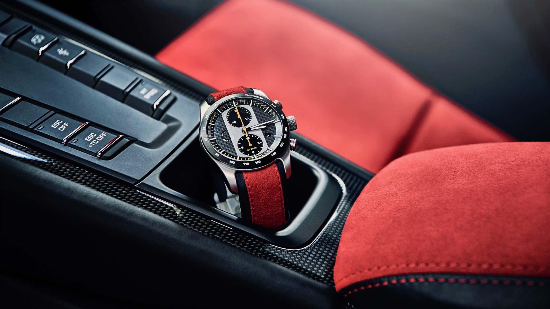 Porsche-911-GT2-RS-interior