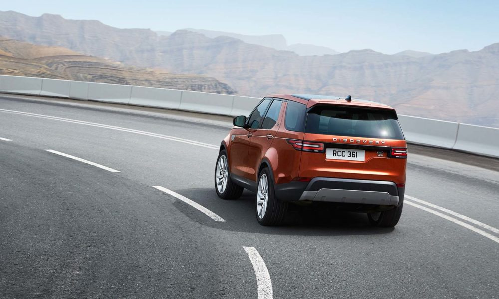 2017-Land-Rover-Discovery_4