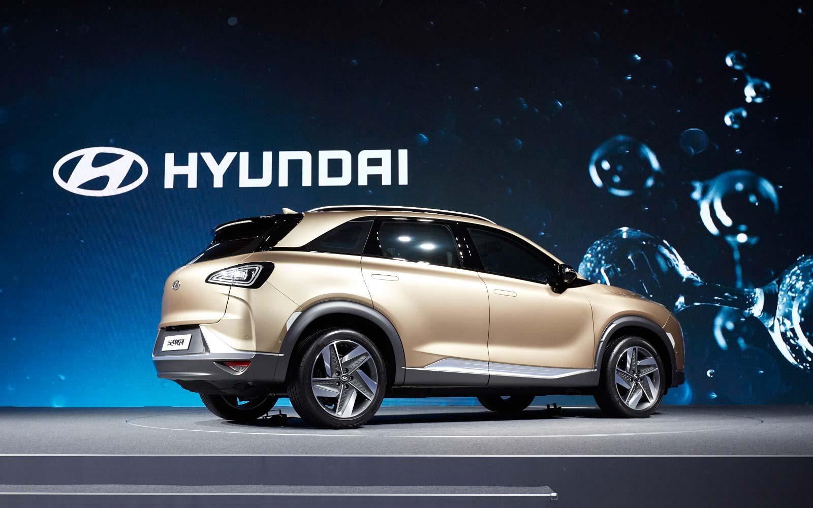 2017-hyundai-next-gen-fuel-cell-suv_4