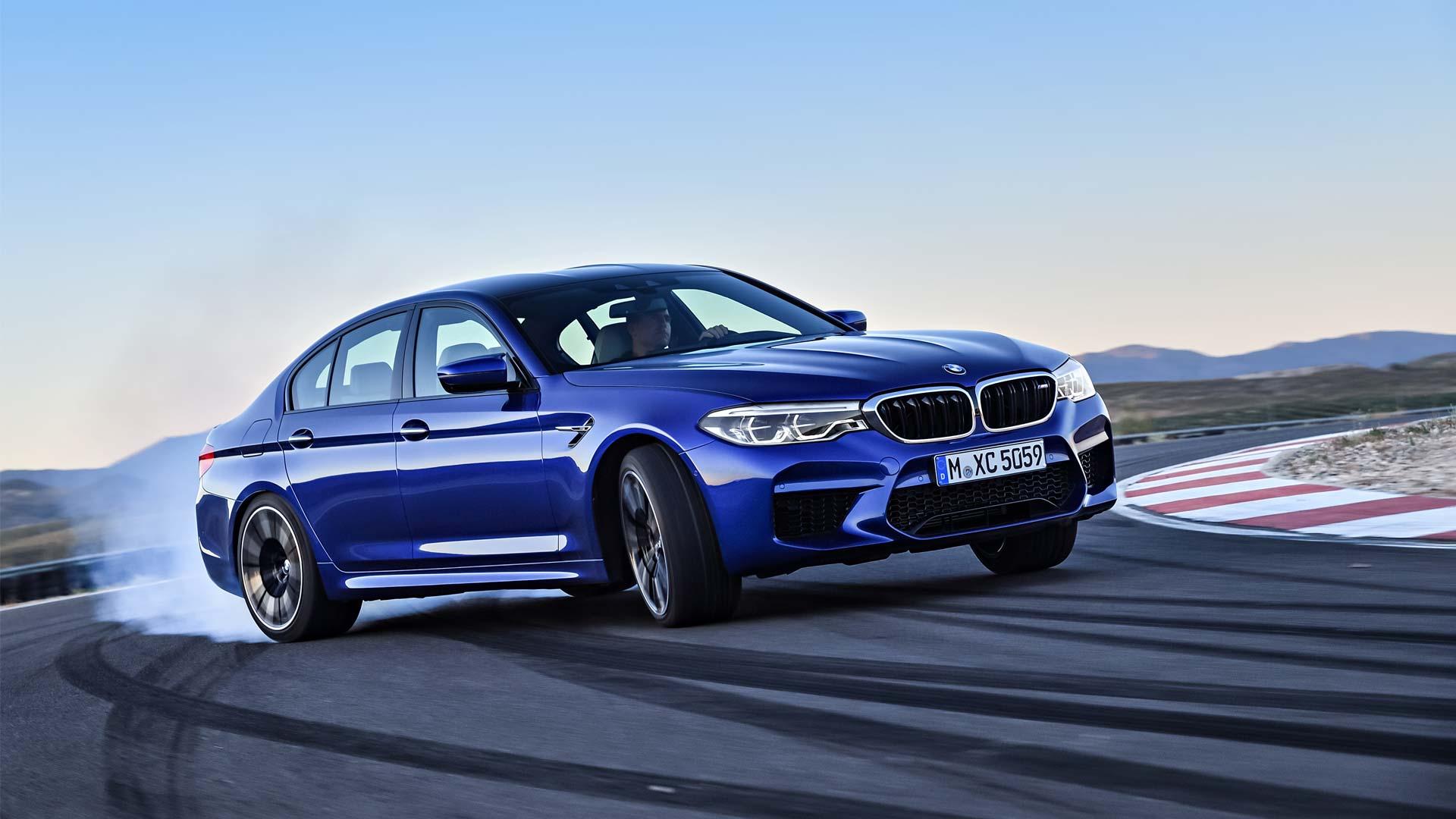 2018-BMW-M5_2