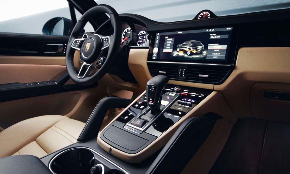 2018-Porsche-Cayenne-interior