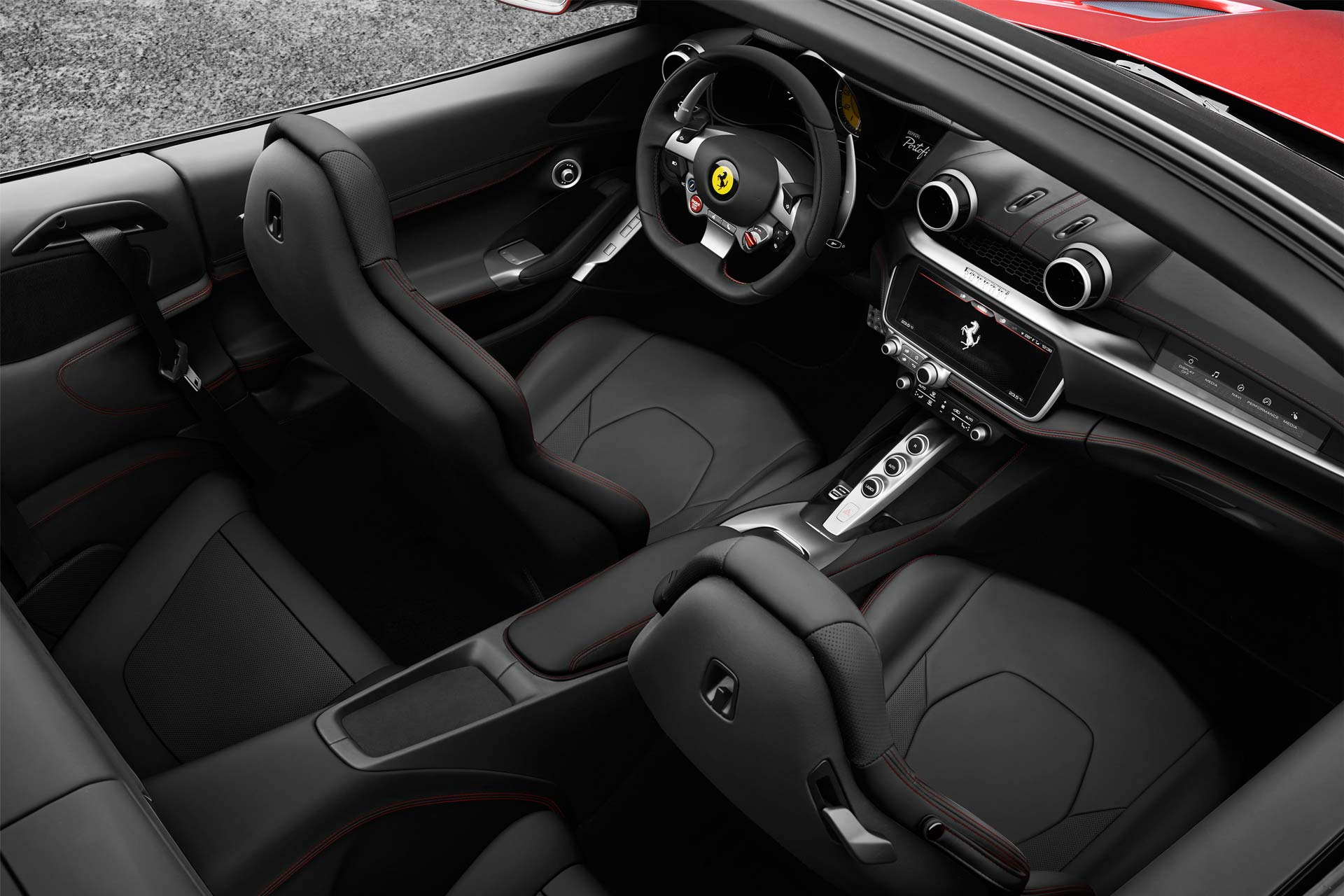 Ferrari-Portofino-interior_2