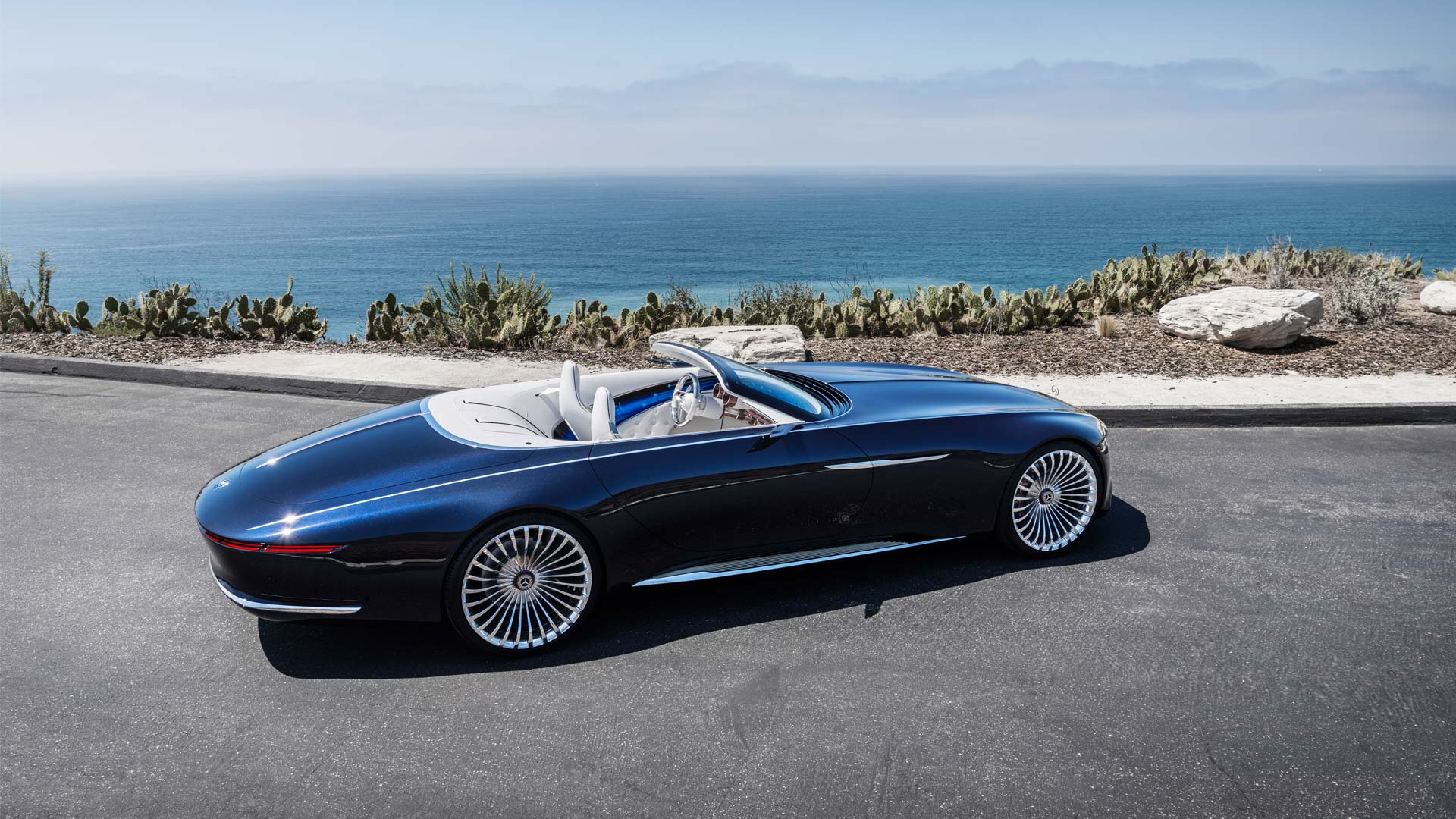 vision mercedes maybach 6 cabriolet looks gorgeous at the pebble beach autodevot. Black Bedroom Furniture Sets. Home Design Ideas