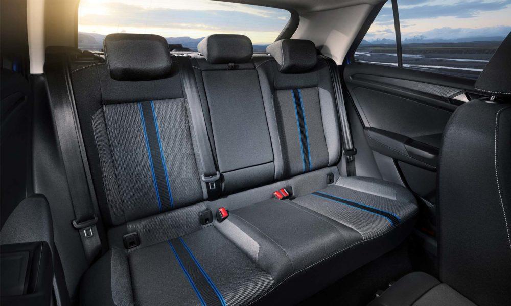 Volkswagen-T-Roc-interior_3