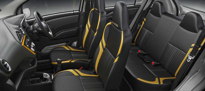 Datsun-redi-GO-Gold-interior