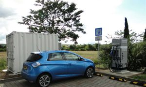 Electric-vehicle-charging-on-highways-with-second-life-batteries