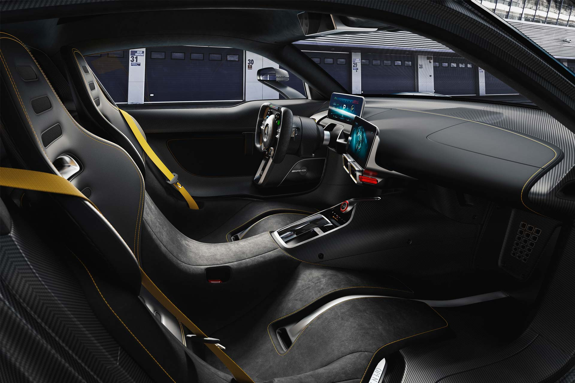 Mercedes-AMG-Project-One-interior_2