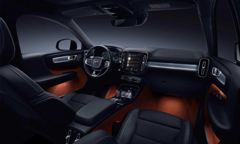 New-Volvo-XC40-interior_2
