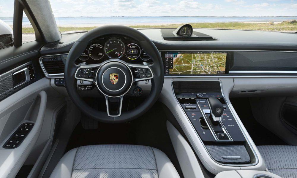 Porsche-Panamera-Turbo-S-E-Hybrid-Sport-Turismo-interior