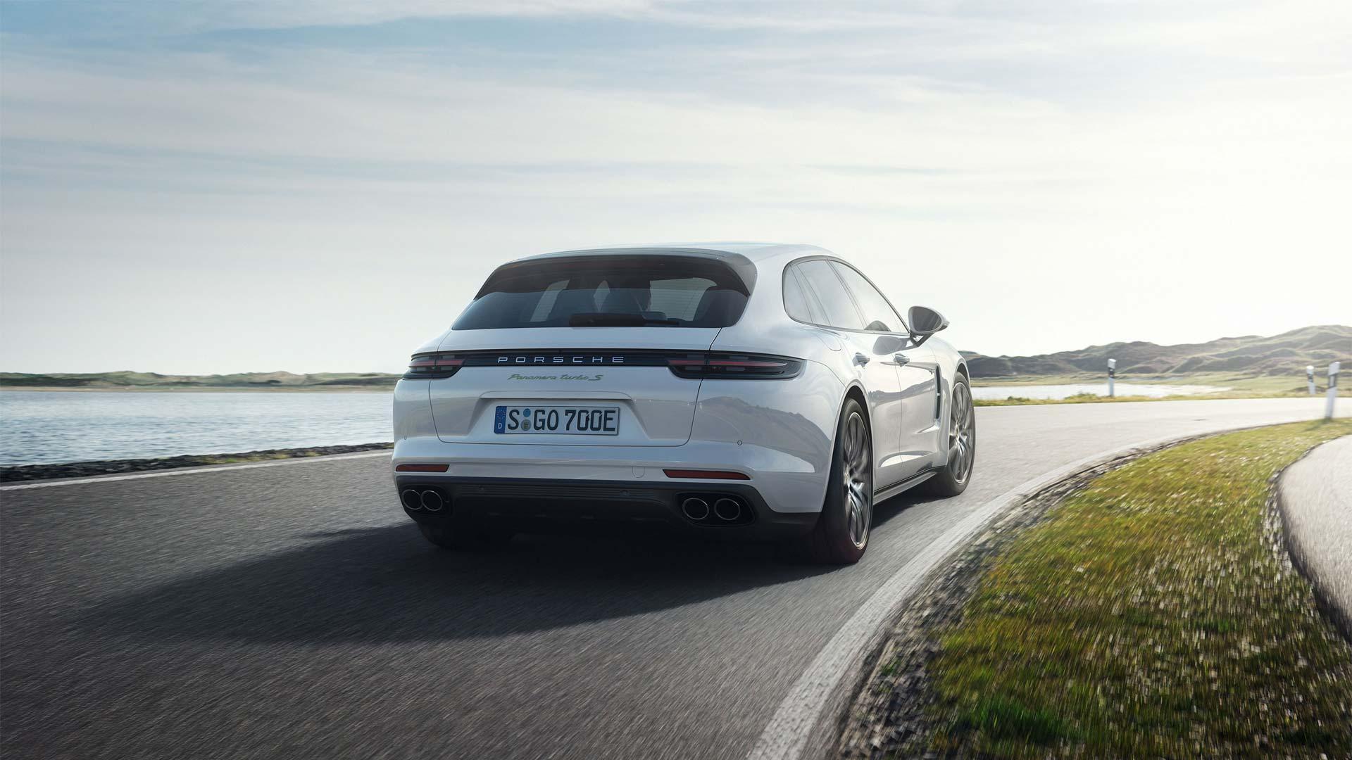 Porsche-Panamera-Turbo-S-E-Hybrid-Sport-Turismo_4