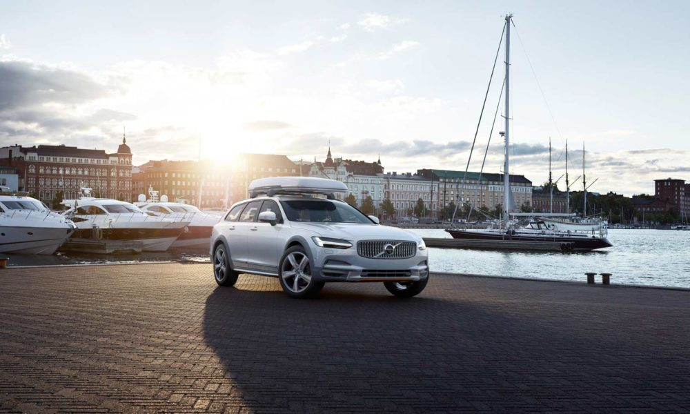 2017-18-Volvo-Ocean-Race-V90-Cross-Country_2