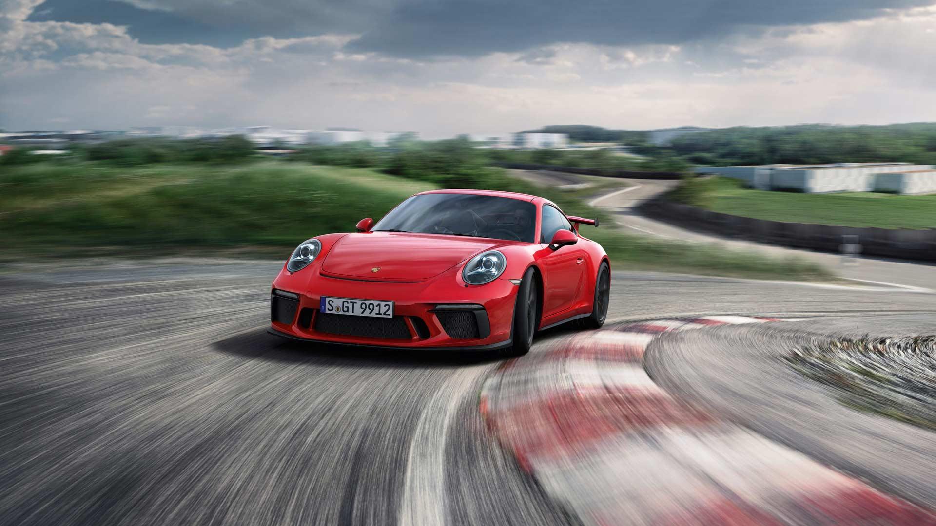 2017-Porsche-911-GT3