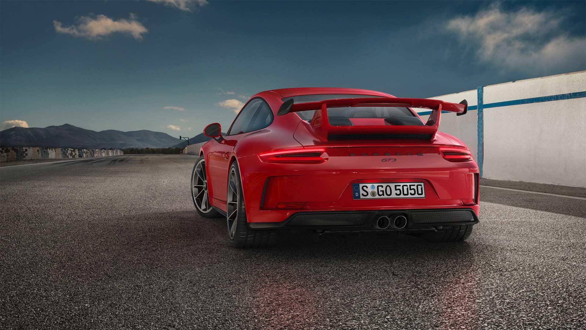 2017-Porsche-911-GT3_4