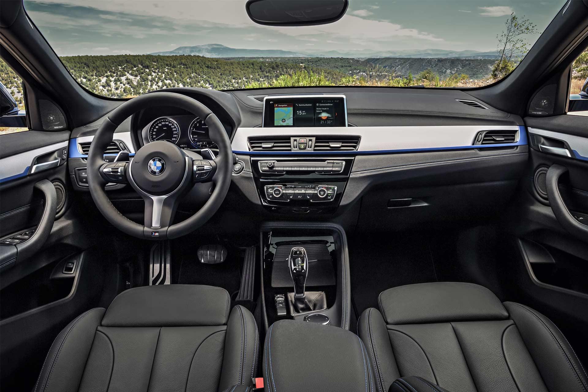 2018-BMW-X2-interior