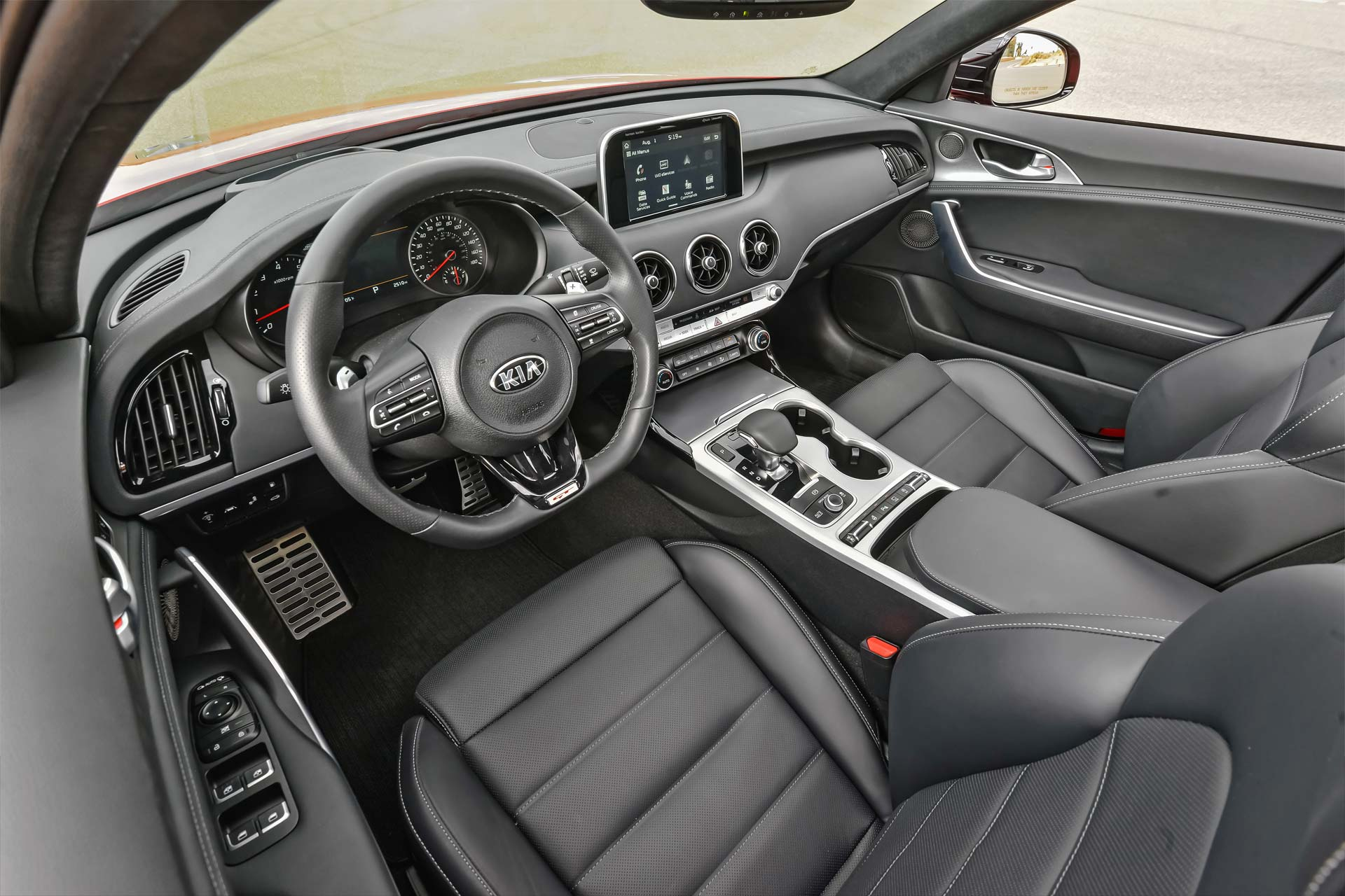 2018-Kia-Stinger-GT-interior