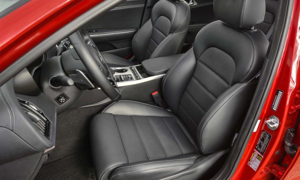 2018-Kia-Stinger-GT-interior_2