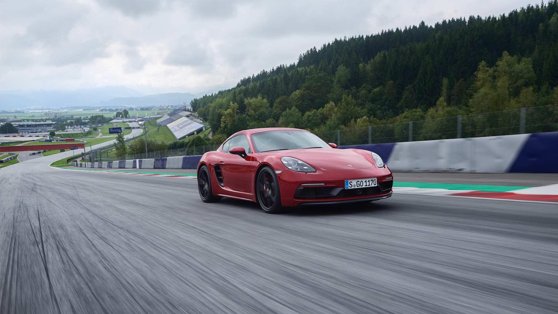 2018-New-Porsche-718-Cayman-GTS_3
