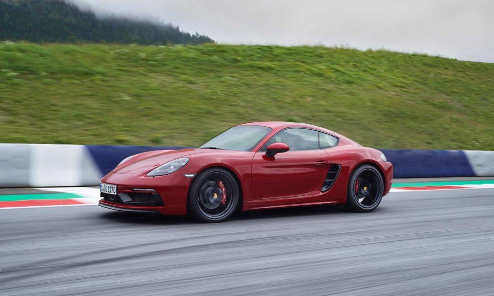 2018-New-Porsche-718-Cayman-GTS_4