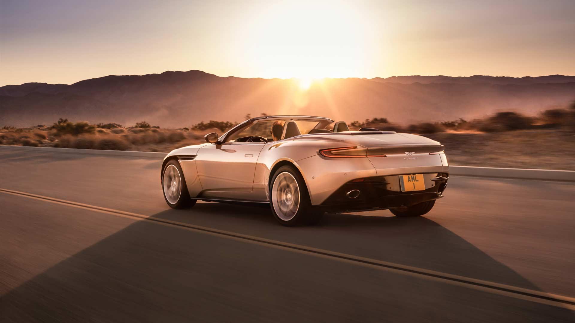 Aston-Martin-DB11-Volante_2