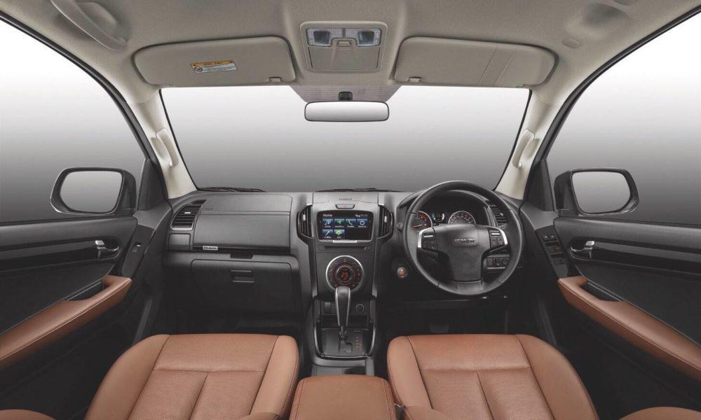 Isuzu-D-Max-facelift-Thailand-interior